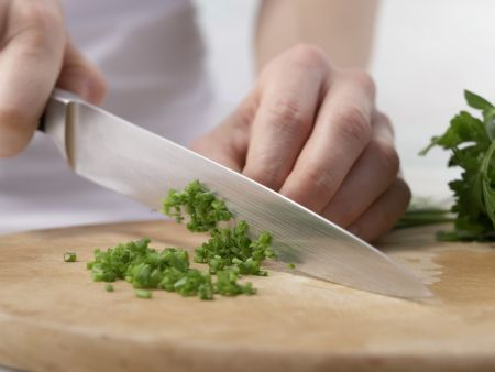 Fleischsalat mit Kräutern: Zubereitungsschritt 3