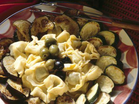 Fondue aus Gorgonzola mit Tortellini