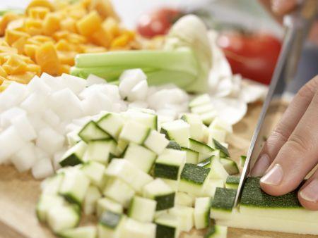 Französische Gemüsesuppe: Zubereitungsschritt 2