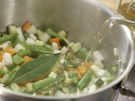 Französische Gemüsesuppe: Zubereitungsschritt 6