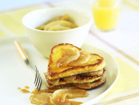 French Toast mit Karamell-Äpfeln