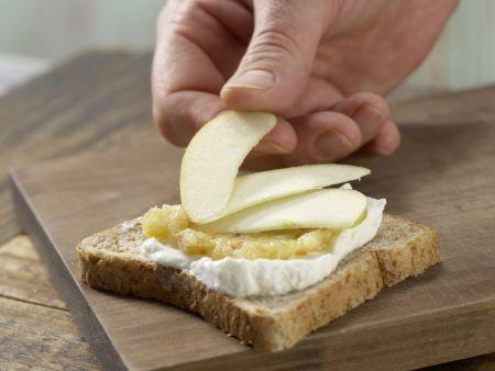 Frischer Obst-Toast mit Quark: Zubereitungsschritt 5