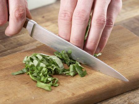 Frischkäsebällchen auf Salat: Zubereitungsschritt 6