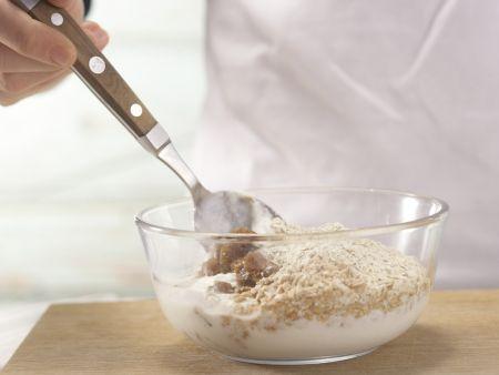 Frischkorn-Feigen-Müsli: Zubereitungsschritt 2