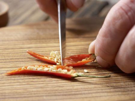 Frisée-Melonen-Salat: Zubereitungsschritt 6