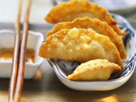 Frittierte Wan Tan mit Kartoffelfüllung