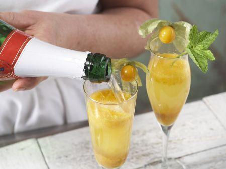 Fruchtige Sekt-Cocktails: Zubereitungsschritt 5