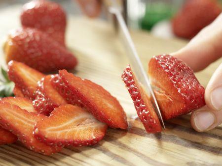 Früchte-Bowle: Zubereitungsschritt 1