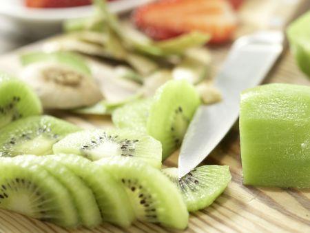 Früchte-Bowle: Zubereitungsschritt 2
