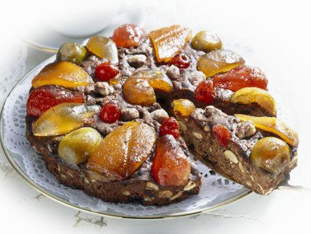 Früchtekuchen mit kandiertem Obst