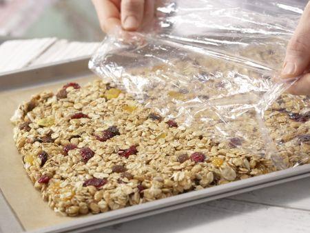 Früchtemüsli-Riegel: Zubereitungsschritt 5