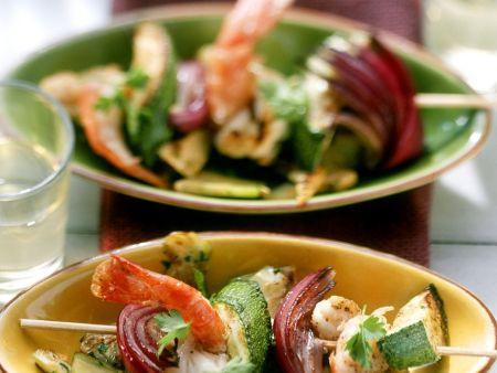 Garnelenspieße mit mediterranem Gemüse