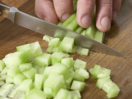 Gazpacho mit Weißbrot: Zubereitungsschritt 6