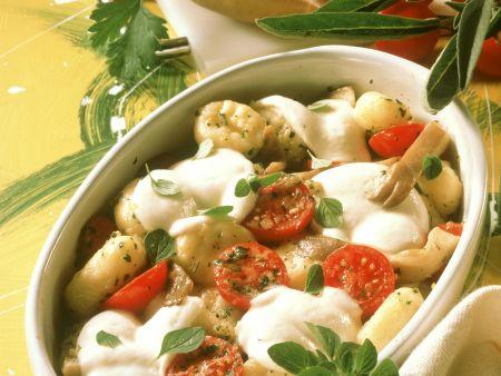 Gebackene Gnocchi mit Austernpilzen, Cherrytomaten und Mozzarella