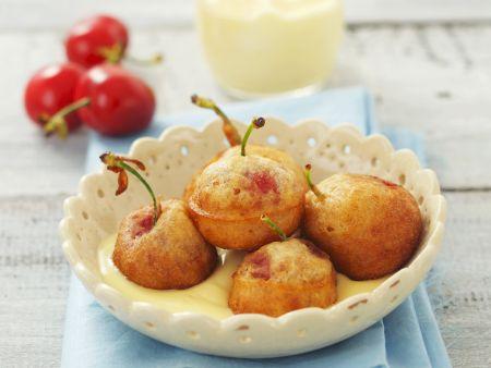 Gebackene Kirschen mit Vanillesoße