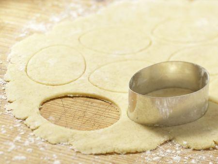Gebackene Marzipan-Ostereier: Zubereitungsschritt 6