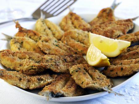 Gebackene Sardinen mit Kräuter-Parmesan-Panade