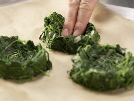Gebackene Spinatnester: Zubereitungsschritt 7