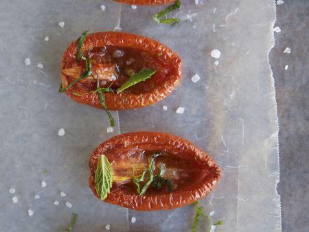 Rezept: Gebackene Tomaten und Kräutern