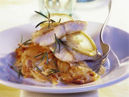 Rezept: Gebackene Zanderfilets mit Rosmarin und Kartoffelgratin