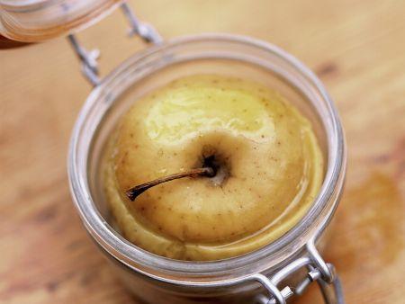 Rezept: Gebackener Apfel mit Vanille und Estragon