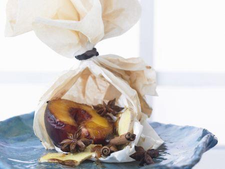 Gebackener Pfirsich mit Zimt und Sternanis