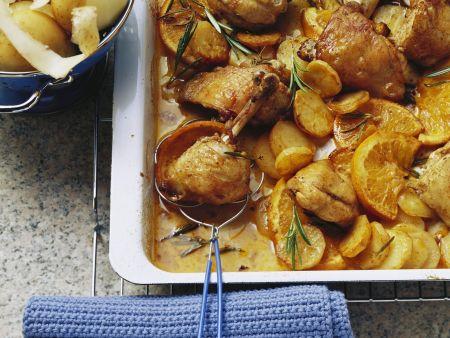 Gebackenes Orangenhähnchen mit Rosmarin und Kartoffeln
