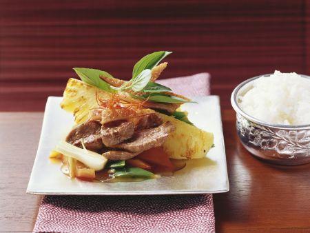 Rezept: Gebratene Ente mit Ananas