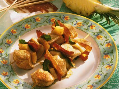 Gebratene Puten-Ananasspieße