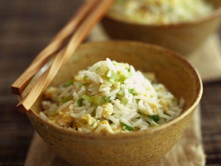 Gebratener Reis mit Lauchzwiebeln
