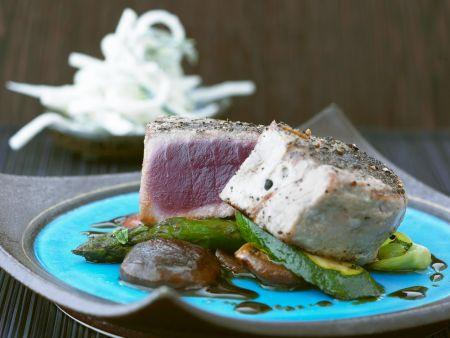Gebratener Thunfisch mit Teriyaki-Gemüse