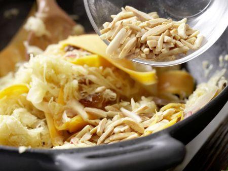 Gebratenes Sauerkraut: Zubereitungsschritt 9