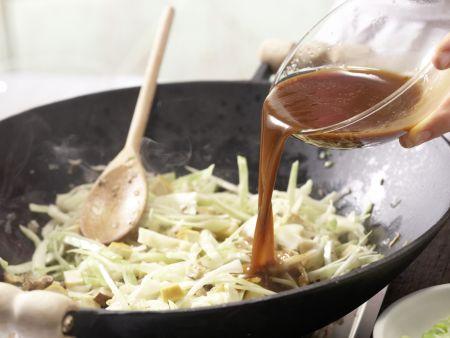 Gebratenes Tofu-Pilz-Gemüse: Zubereitungsschritt 10