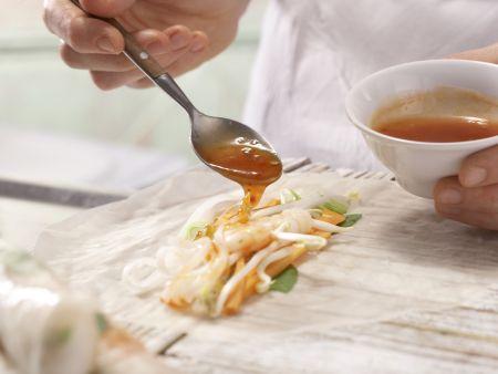 Gefüllte Reispapier-Röllchen: Zubereitungsschritt 6