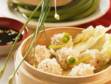Gedämpfte Reisbällchen