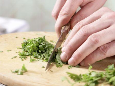 Gedämpfte Thai-Fischbällchen: Zubereitungsschritt 1