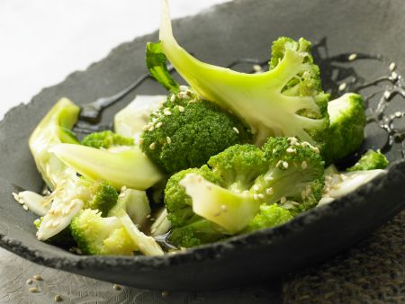 Gedämpfter Brokkoli