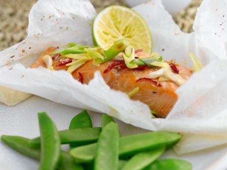 Gedämpfter Lachs mit Zuckerschoten