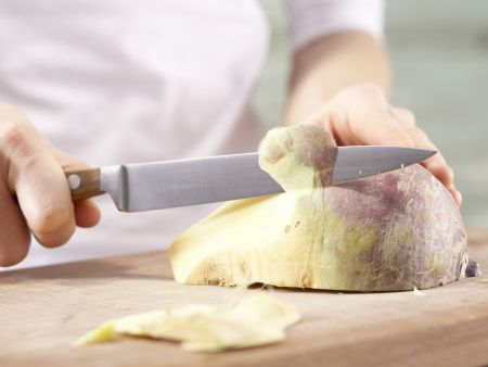 Gedünstete Seelachsfilets: Zubereitungsschritt 1