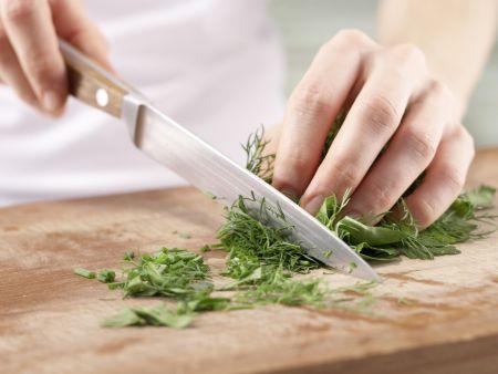 Gedünstete Seelachsfilets: Zubereitungsschritt 5