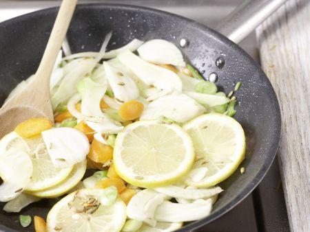Gedünstetes Hähnchenbrustfilet: Zubereitungsschritt 5