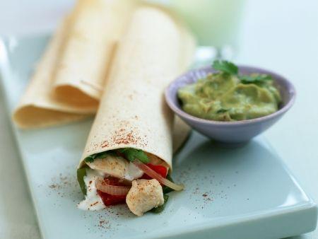 Geflügel-Wraps mit Avocado-Dip