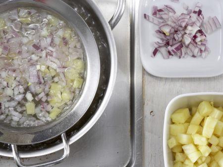 Geflügelsalat-Brötchen: Zubereitungsschritt 1