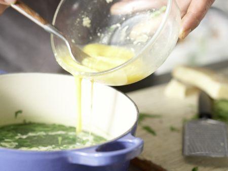Geflügelsuppe grün-gelb: Zubereitungsschritt 3
