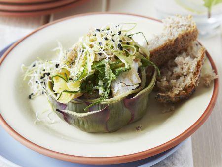 gefüllte Artischocke mit Zucchini und Camembert