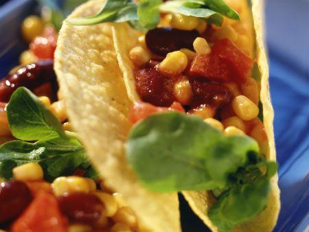 Gefüllte Tacos mit Bohnen und Mais