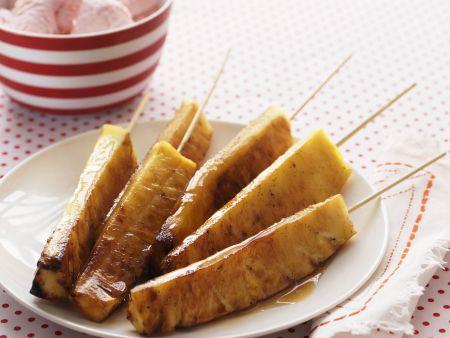 Gegrillte Ananas-Sticks