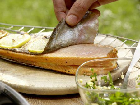 Gegrillte Lachsforelle: Zubereitungsschritt 10