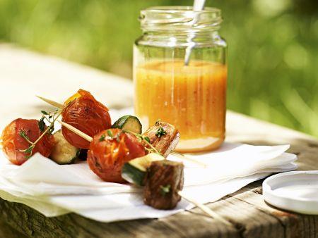 Gegrillte Schwein-Gemüse-Spieße