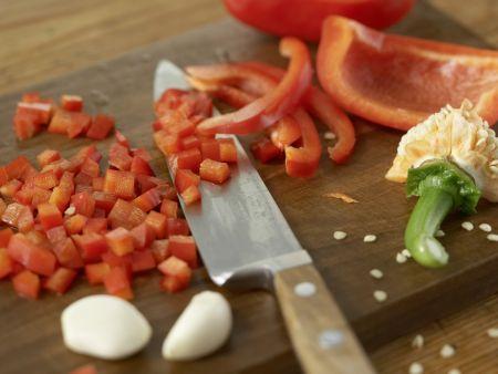 Gegrillte Zucchini mit Topping: Zubereitungsschritt 4